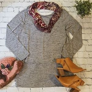 WHBM Longsleeve Pullover